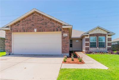 Fort Worth Single Family Home For Sale: 12613 Pricklybranch Drive