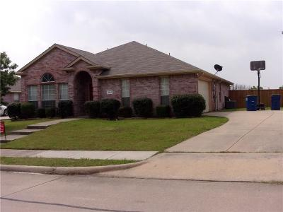 Sachse Single Family Home For Sale: 3214 Creekside Drive