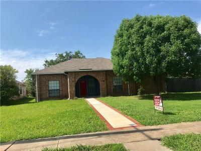 Garland Single Family Home For Sale: 7126 Lyons Road