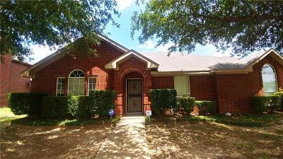 Dallas Single Family Home For Sale: 1423 Sunny Glen Drive