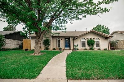 Lewisville Single Family Home For Sale: 1426 Applegate Drive