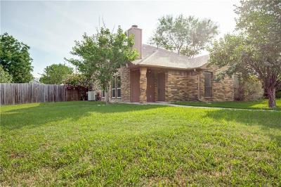 Wylie Single Family Home Active Option Contract: 301 Meadow Court