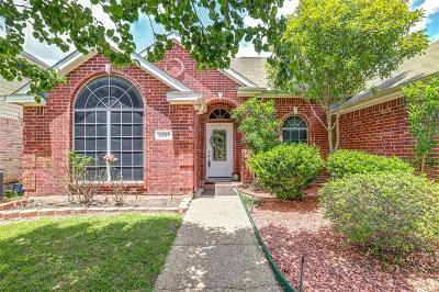 Single Family Home For Sale: 8381 Everglades Circle