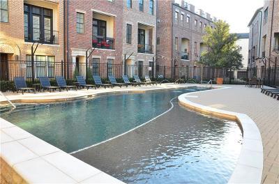 Downtown Dallas Townhouse For Sale: 643 S Cesar Chavez Boulevard