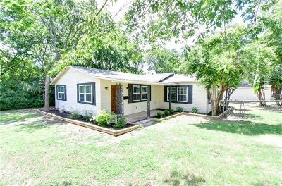 Azle Single Family Home For Sale: 616 N Stewart
