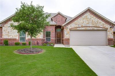 Azle Single Family Home For Sale: 573 Ascot Way