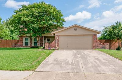 Bedford Single Family Home For Sale: 3133 Willow Bend Court