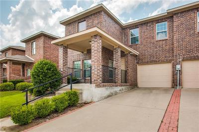 Mesquite Townhouse For Sale: 2213 Stonebrook Lane