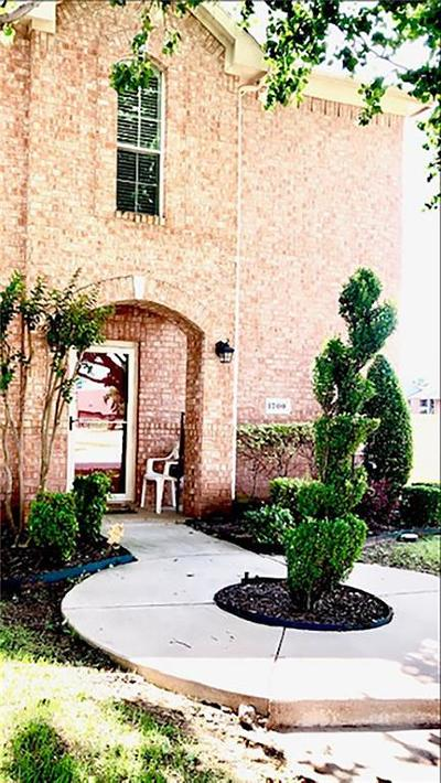 Lewisville Townhouse For Sale: 1700 Massey Drive