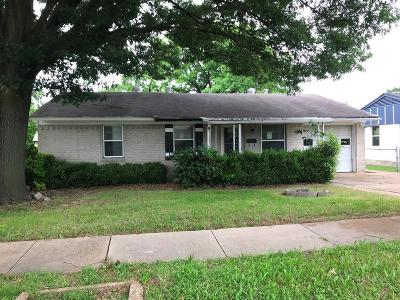 Garland Single Family Home For Sale: 906 Quincy Drive