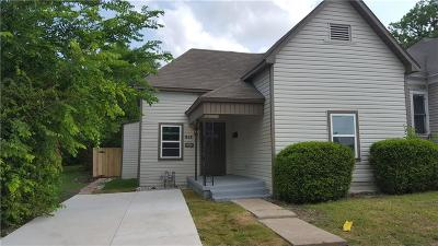 Fort Worth Single Family Home For Sale: 912 E Tucker Street