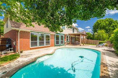 Grapevine Single Family Home For Sale: 4180 Hallmont Drive