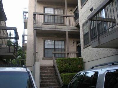 Dallas Multi Family Home For Sale: 8750 Park Lane #20
