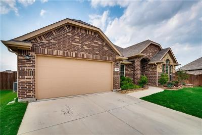 Tarrant County Single Family Home For Sale: 7129 Truchas Peak Trail