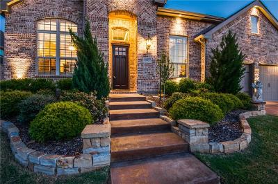 Flower Mound Single Family Home For Sale: 10917 Autumn Leaf Court