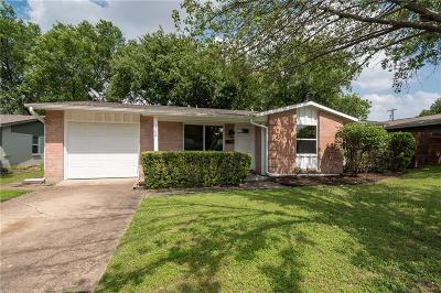 Richardson Single Family Home For Sale: 1508 Lorrie Drive