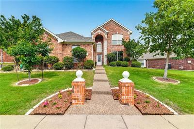 Garland Single Family Home For Sale: 801 Grove Drive