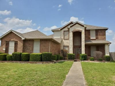 Cedar Hill Single Family Home For Sale: 1711 Chadwick Drive