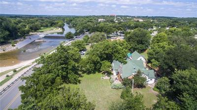 Somervell County Single Family Home For Sale: 1013 Barnard Street