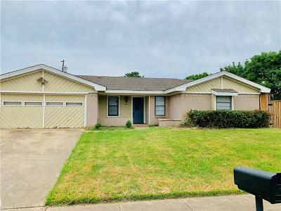 Euless Single Family Home For Sale: 600 Pecos Drive