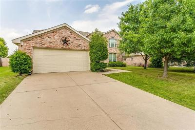 Burleson TX Single Family Home For Sale: $299,900