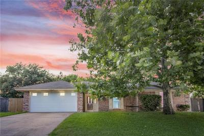Benbrook Single Family Home For Sale: 10016 Westpark Drive