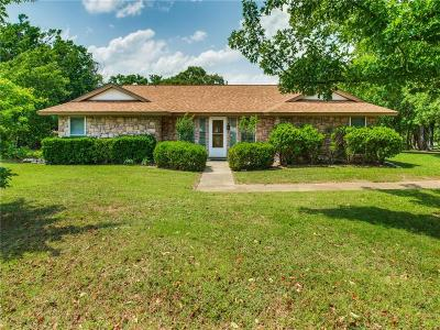 Dallas County, Denton County, Collin County, Cooke County, Grayson County, Jack County, Johnson County, Palo Pinto County, Parker County, Tarrant County, Wise County Single Family Home For Sale: 212 Roaring Springs Drive
