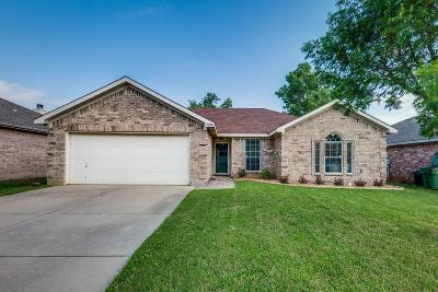 Dallas County, Denton County, Collin County, Cooke County, Grayson County, Jack County, Johnson County, Palo Pinto County, Parker County, Tarrant County, Wise County Single Family Home For Sale: 2010 Sword Fish Drive