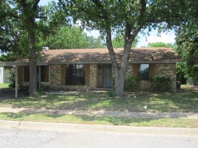 Dallas County, Denton County, Collin County, Cooke County, Grayson County, Jack County, Johnson County, Palo Pinto County, Parker County, Tarrant County, Wise County Single Family Home For Sale: 521 Forest Lane