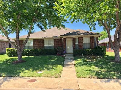 Dallas Single Family Home For Sale: 7909 Jubilant Drive