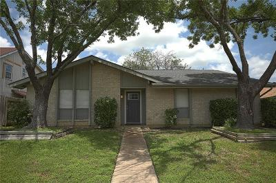 Garland Single Family Home For Sale: 3005 Longbow Drive
