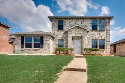 Dallas County, Denton County, Collin County, Cooke County, Grayson County, Jack County, Johnson County, Palo Pinto County, Parker County, Tarrant County, Wise County Single Family Home For Sale: 1324 Bumble Bee Drive