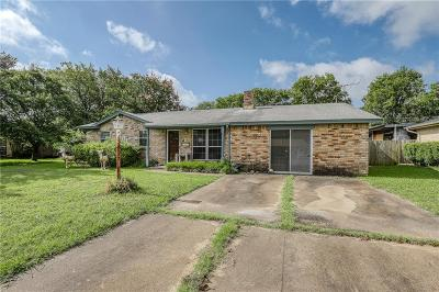 Everman Single Family Home For Sale: 501 Christie Court