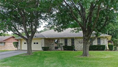 Dallas County, Denton County, Collin County, Cooke County, Grayson County, Jack County, Johnson County, Palo Pinto County, Parker County, Tarrant County, Wise County Single Family Home For Sale: 408 Ida Bess Avenue
