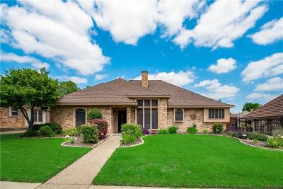Bedford Single Family Home For Sale: 2520 Stonegate Drive N