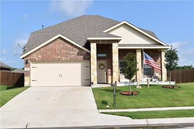 Waxahachie Single Family Home For Sale: 207 Gallop Court