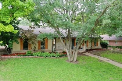 Dallas County Single Family Home For Sale: 2204 E Prairie Creek Drive