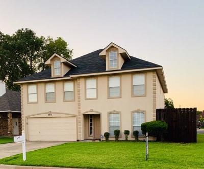North Richland Hills Single Family Home For Sale: 8433 Ruthette Drive