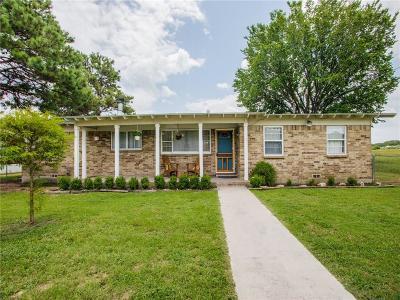 Azle Single Family Home For Sale: 7439 Briar Road