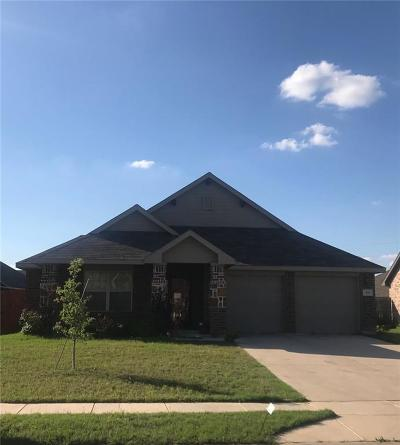 Waxahachie Single Family Home For Sale: 215 Belgian Street