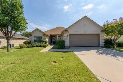 Denton Single Family Home For Sale: 9705 Pepperwood Trail