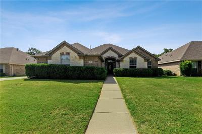 Azle Single Family Home For Sale: 1580 Flying Jib Drive