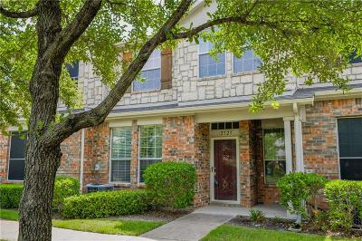 Grand Prairie Townhouse Active Option Contract: 2723 Hyde Park Drive