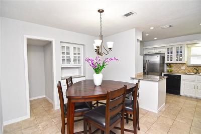 Rowlett Single Family Home For Sale: 5801 Bobbie Lane