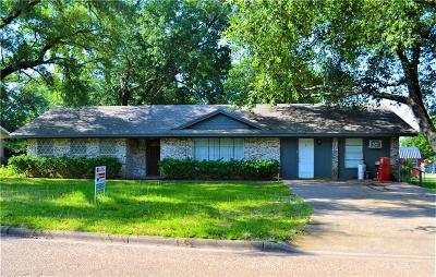 Van Single Family Home For Sale: 210 E Texas Street