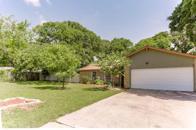 Azle Single Family Home For Sale: 904 Lake Crest Parkway
