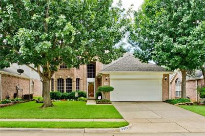 Bedford Single Family Home For Sale: 3820 Oak Leaf Lane