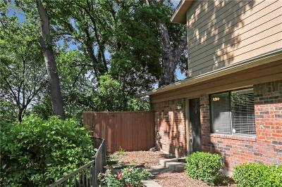 Benbrook Townhouse For Sale: 5746 Cedar Creek Drive