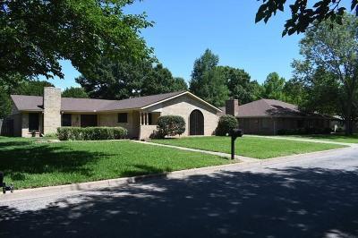 Sherman Single Family Home For Sale: 2925 Mimosa