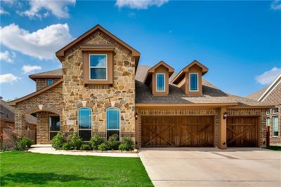 Grand Prairie Single Family Home For Sale: 7379 Vienta Point